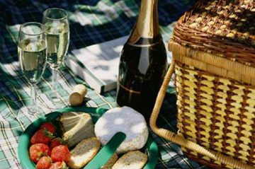 Romantic Picnic Lunch
